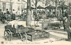 Postcard depicting the market in the late 19th century