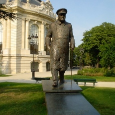 Statue of Winston Churchill on Avenue Winston Churchill, Paris